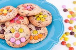 - Édes és sós kekszek,cukorkák